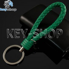 Зеленый брелок с кожаным плетёным шнуром и никелированым кольцом