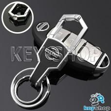Металлический брелок для авто ключей Nissan (Ниссан) с карабином и кожаной вставкой