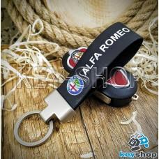 Брелок для авто ключей Alfa Romeo (Альфа Ромео) кожаный (черный) с матовым кольцом