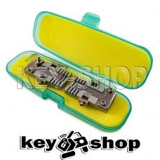 Комплект (KLOM) зажимов автомобильных и квартирных ключей для копировально-фрезерного станка.