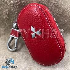 Ключница карманная (кожаная, красная, на молнии, с карабином, с кольцом), логотип авто Mitsubishi (Митсубиси)