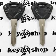 Ключ для мотоцикла Triumph (Триумф), лезвие левоес упорами