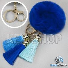Синий пушистый брелок шарик из натурального меха с кольцом, карабином и разноцветными кисточками, на сумку