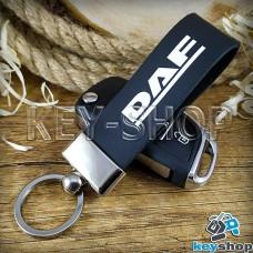 Брелок для авто ключей DAF (ДАФ) кожаный (черный, широкий) с хромированной фурнитурой