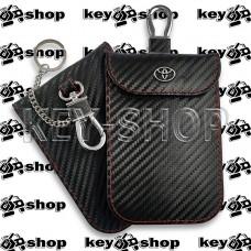 Чехол Фарадея, антисканер, противоугонный чехол Toyota (Тойота) (кожаный, под карбон, черный, на липучке, с карабином, с кольцом)