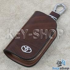 Ключница карманная (кожаная, коричневая, с узором, на молнии, с карабином, с кольцом), логотип авто Toyota (Тойота)