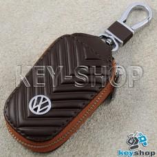 Ключница карманная (кожаная, коричневая, с тиснением, на молнии, с карабином, с кольцом), логотип авто Volkswagen (Фольксваген)